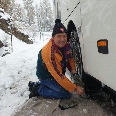 Schneeketten aufziehen sicher ankommen